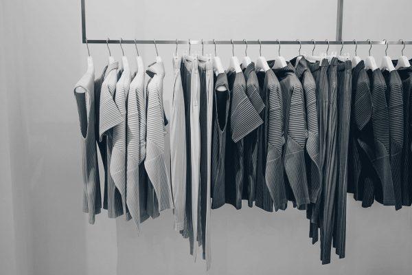 素材別の洋服