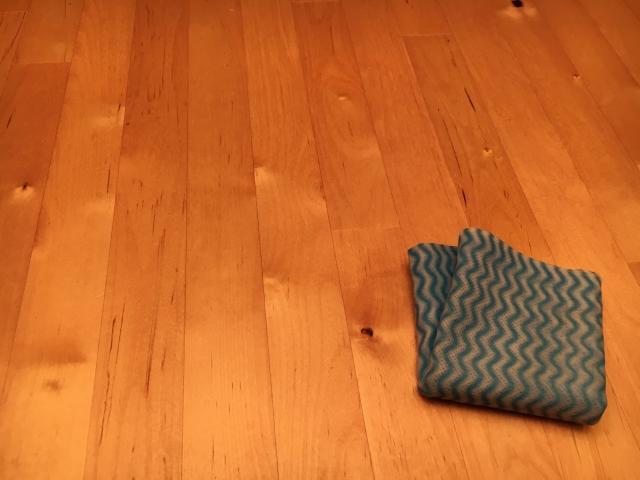 フローリングの掃除